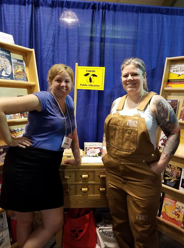 Picture of two librarians at the comic con
