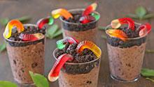 Worms in the dirt pudding cups