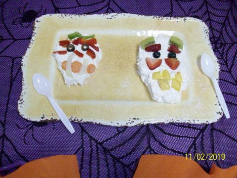 Sugar skull fruit dip