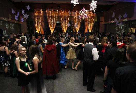 Teens dancing at the Yule Ball