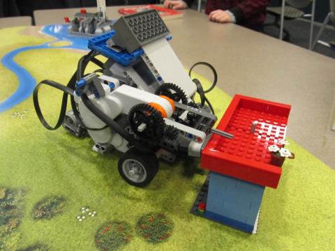Lego Green Robot