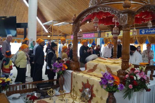 A group touring the Gurdwara.