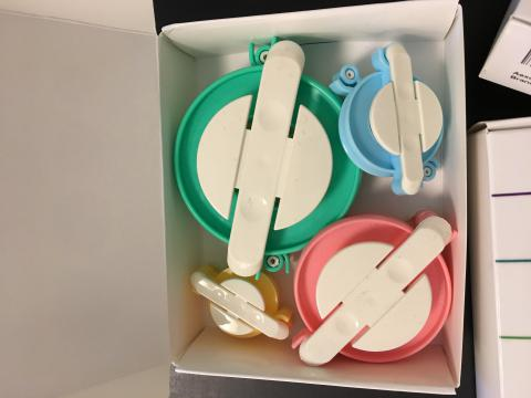 Picture of the pom-pom makers in a box