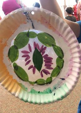 Suncatcher made from paper plate
